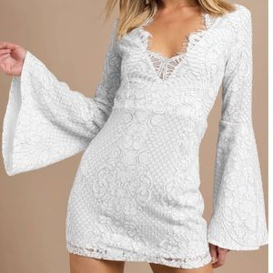 White Lace Lydia Bell Sleeve Dress XS / Tobi